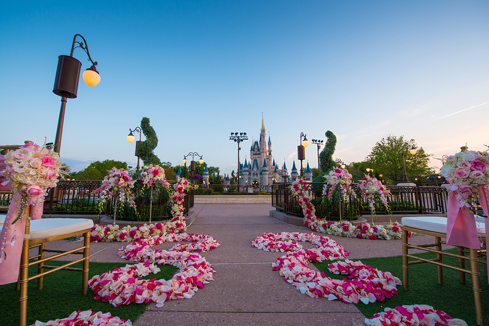DisneyFantasyWeddings6