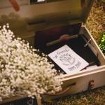 Mariage Ma Régisseuse wedding planner La Réunion malle à souvenirs gypsophile valise fleurs