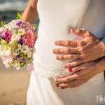 Mariage Réunion Ma Régisseuse wedding planner alliances bouquet fleurs enceinte