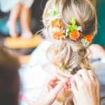 mariage, fleurs, coiffure,