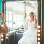 mariage, robe, miroir,